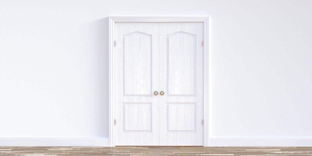 how to clean wooden doors