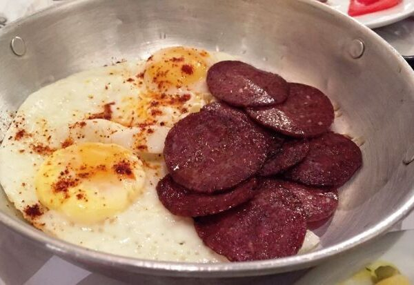 Eggs with Sujuk
