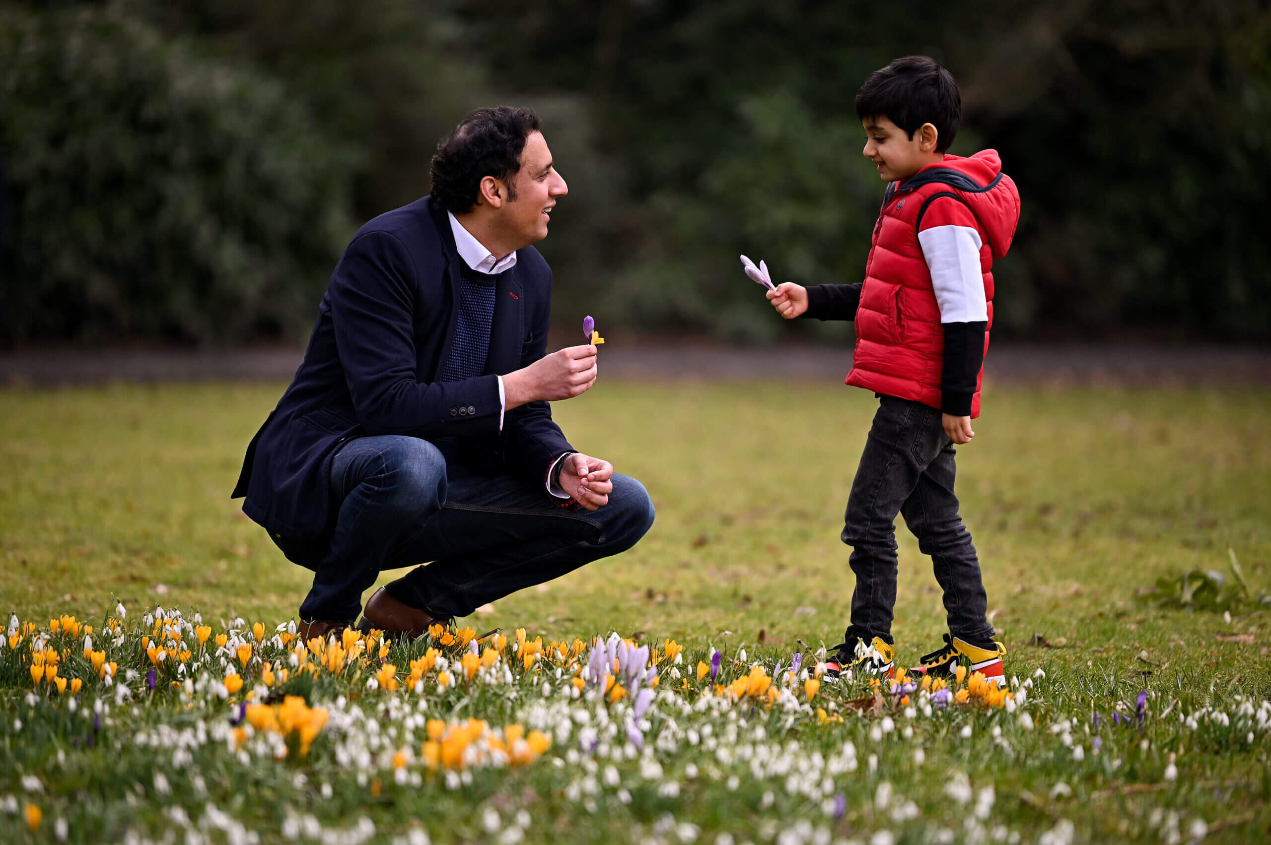 GLASGOW, SCOTLAND - FEBRUARY 27: Anas Sarwar and his son Ailyan, enjoy a visit to Maxwell park following the announcement that the MSP is the new Scottish Labour leader on February 27, 2021 in Glasgow, Scotland. Mr Sarwar, who is the first minority ethnic leader of a major political party in the UK, got 57.6% of the vote, while Ms Lennon got 42.4%. (Photo by Jeff J Mitchell/Getty Images)