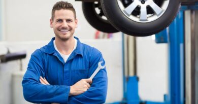 Your car's maintenance checklist is very easy and you can easily do it with some effort. The important thing is also that you should know when to inspect the car. As much as possible, you should inspect yourself. If some things are taken care of, this difficult process is not impossible. It is quite easy to observe, especially if you know what to look for.
