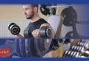 रेज़िस्टेंस ट्रेनिंग एक्सरसाइज़ क्या है रेज़िस्टेंस ट्रेनिंग एक्सरसाइज़ कोई भी व्यायाम है जहां मांसपेशियां बाहरी रेज़िस्टेंस के खिलाफ अपनी ताकत बढ़ाती हैं। ये रेज़िस्टेंस डंबल, वेट मशीन, लास्टिक ट्यूबिंग या आपके शरीर के वजन (उदाहरण के लिए, पुशअप्स), या किसी अन्य वस्तु से हो सकता है जो आपकी मांसपेशियों की ताकत बढ़ाता है। इसमें निश्चित रूप से परिणाम आने में समय लगता है लेकिन जब आप समय के साथ लगातार प्रशिक्षण लेते हैं तो आपको परिणाम जरूर नजर आता है।
