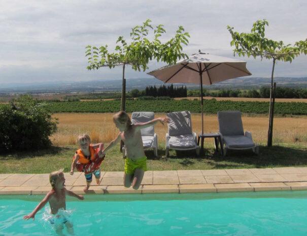 Swimming pool - kids