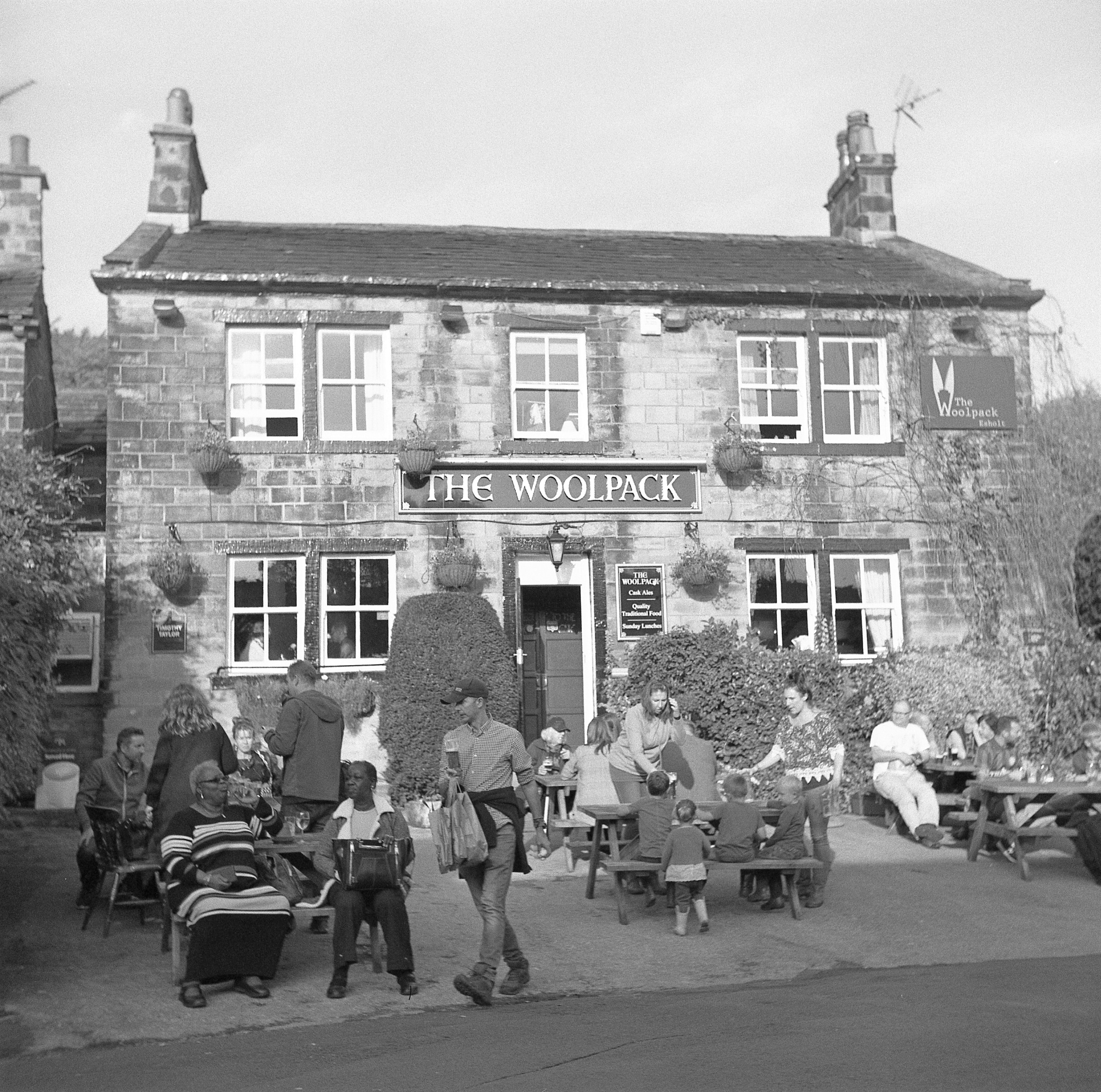 yashica 635 tlr ilford HP5 yorkshire pub the woolpack emmerdale farm television