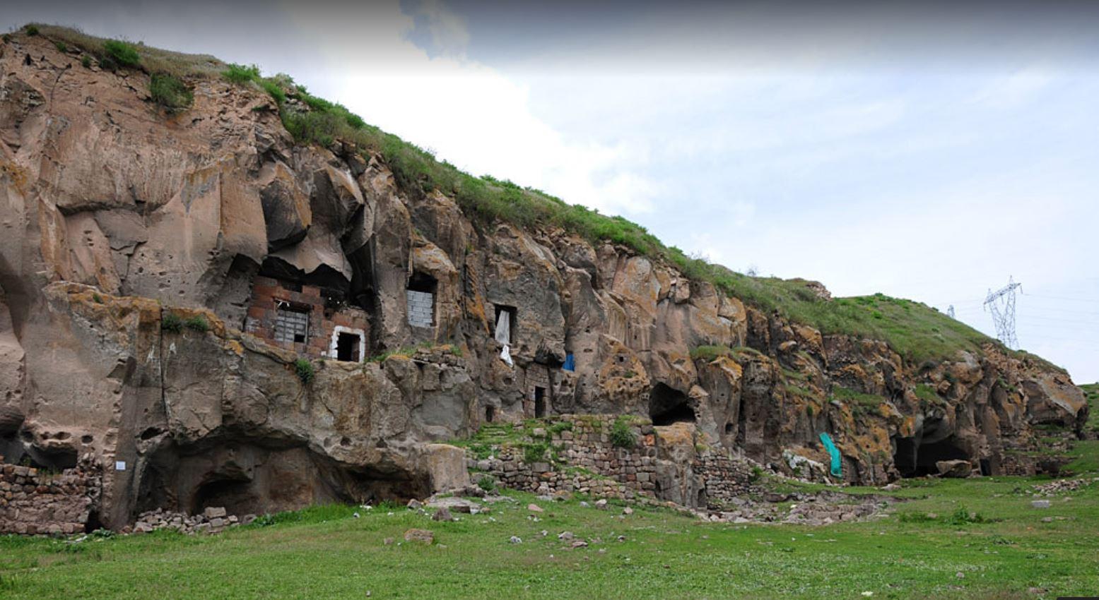 Ahlat 'ta Gezilecek Yerler, Harabe Şehir