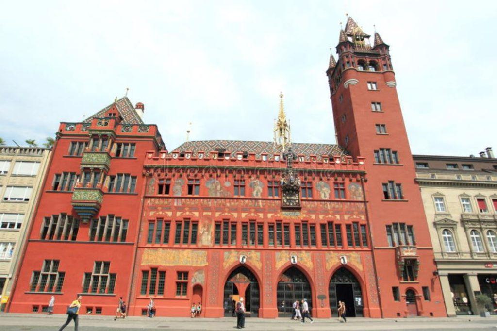 Rathaus (Belediye Binası)