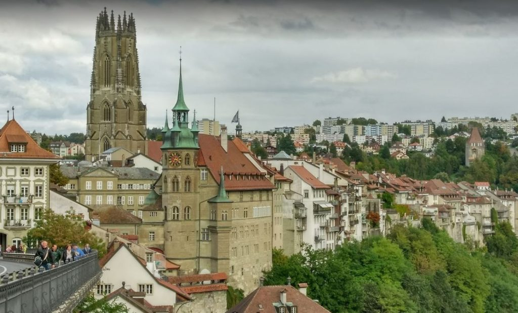 Fribourg Kent Merkezi ve Cathedrale Saint Nicolas