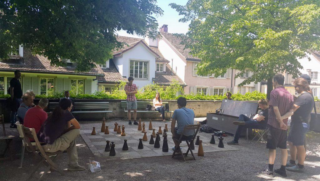 Zürih 'te Gezilecek Yerler; Lindenhof (Park)