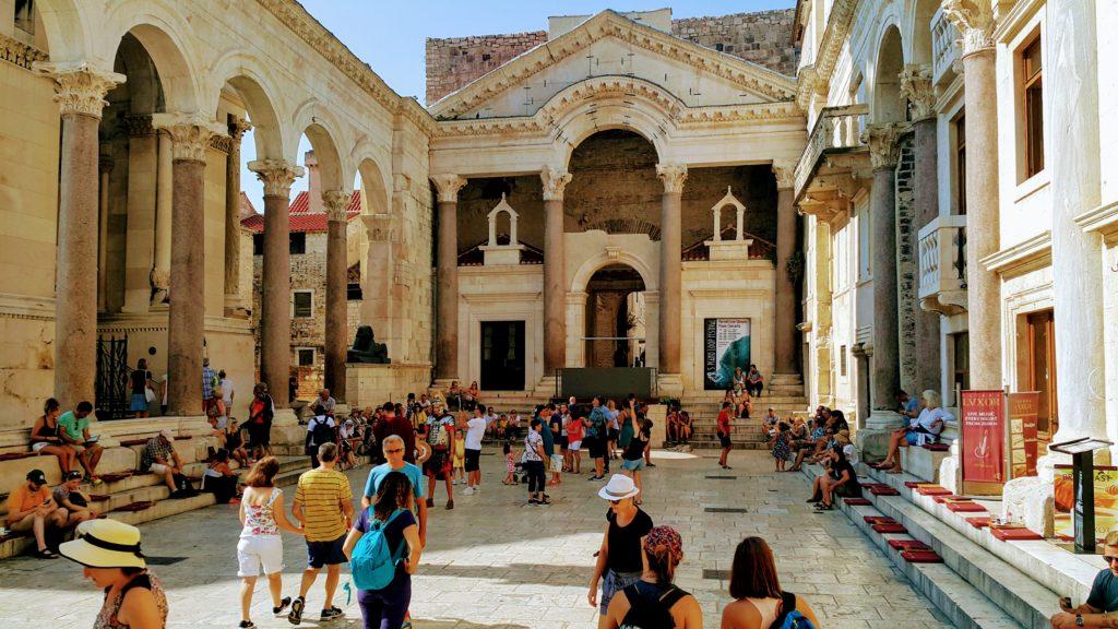 Old Town Split 'te Yer Alan Diocletianus Sarayı