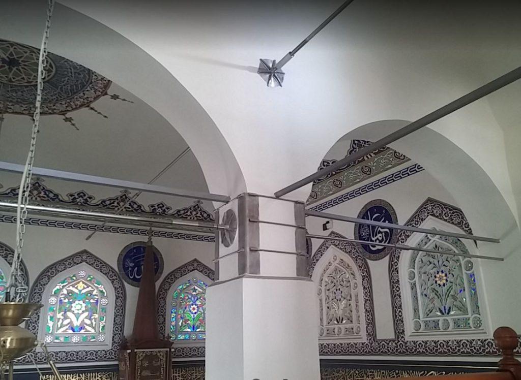 İstiklal Caddesi 'nin tek camisi, Ağa Cami İç Mimari Yapısı