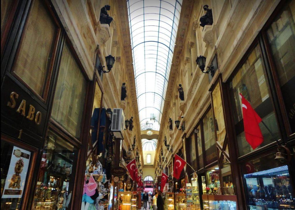 İstiklal Caddesi 'nin En Önemli Tarihi Pasajı, Avrupa Pasajı / Aynalı Pasaj