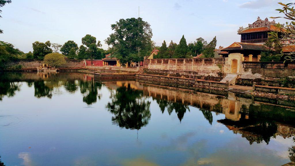 Thai Hoa Sarayı (Yüce Barış)
