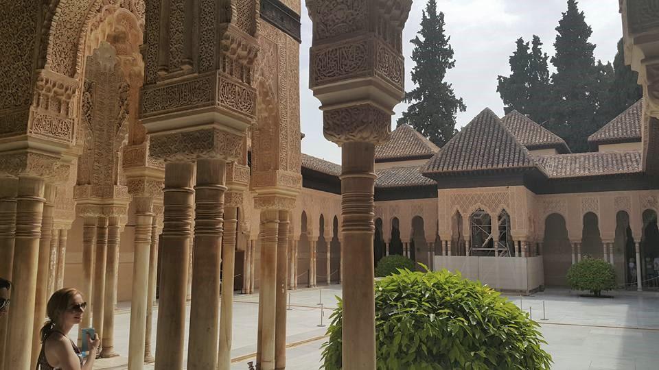 Granada Elhamra Sarayı