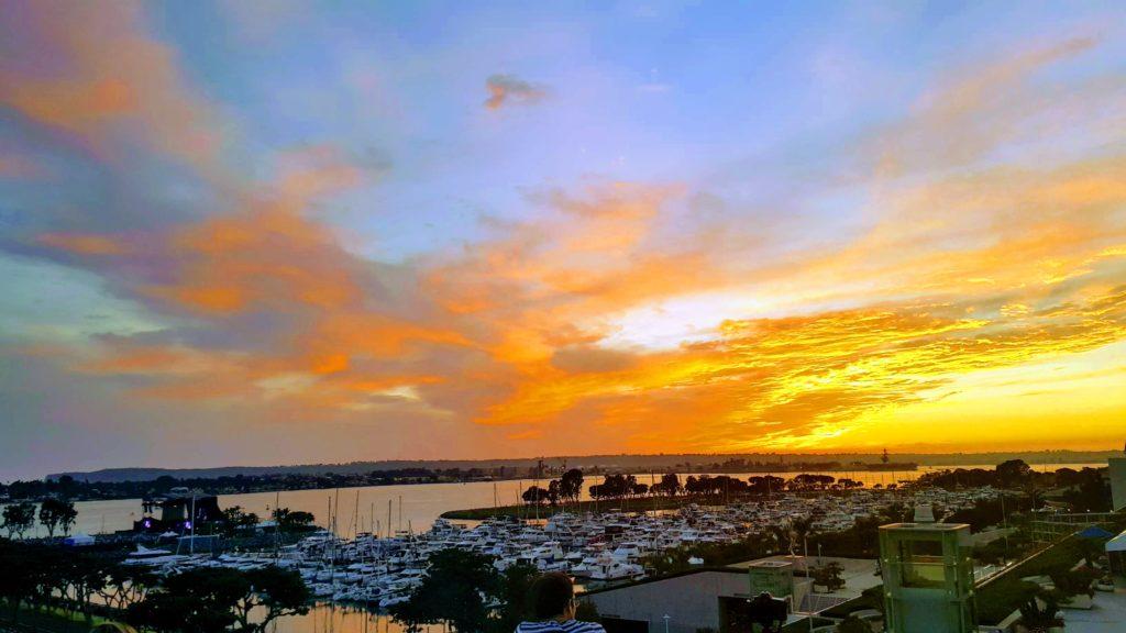Seaport Village'de Günbatımı