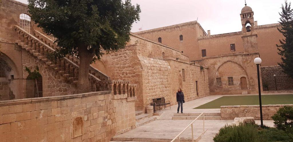 Mor Behnam Kırklar Kilisesi