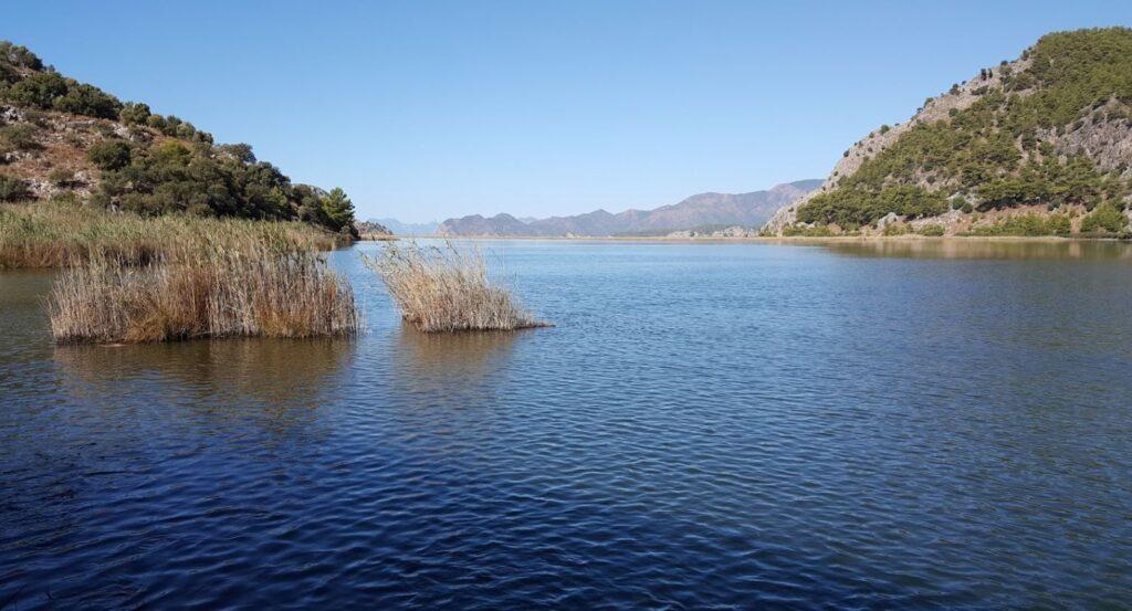 Sülüngür Gölü