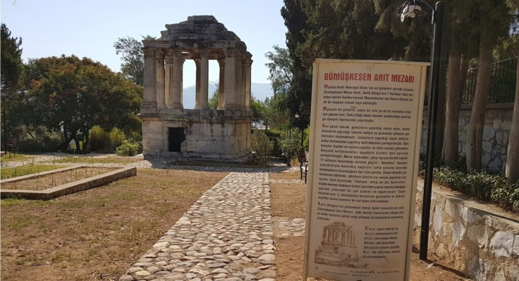 Milas Gümüşkesen Anıt Mezarı