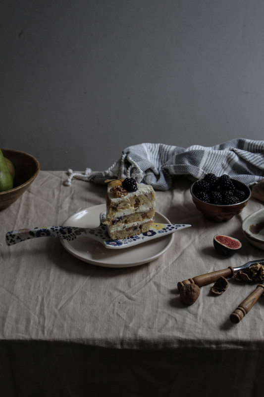 blackberry pear and walnut cake with fig verbina jam-1