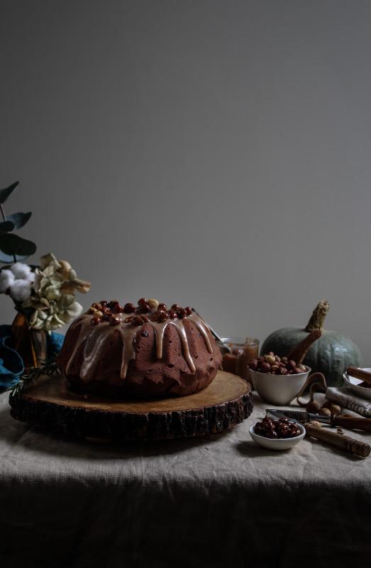 chocolate pumpkin cake with hazelnut praline frosting-1-22