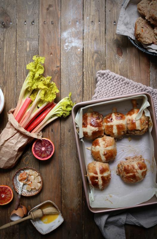 rye rhubarb ginger orange hot cross bun 1