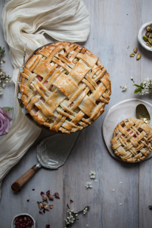 apple rose and rhubarb and pistachio pie-1-29