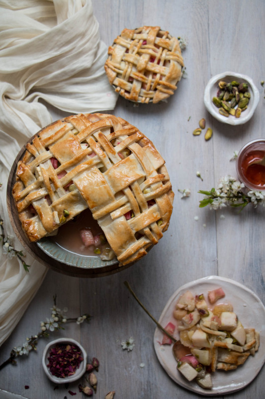 apple rose and rhubarb and pistachio pie-1