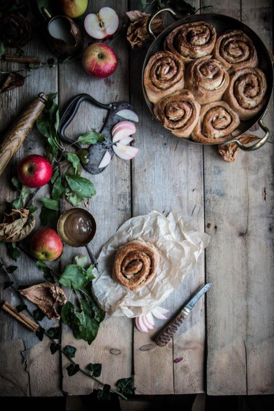 vegan-apple-cinnamon-buns-1-12