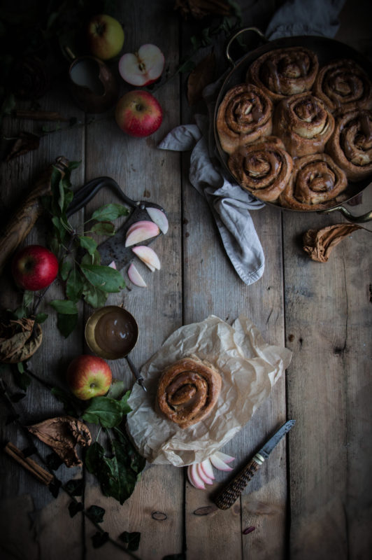 vegan-apple-cinnamon-buns-1-17-1