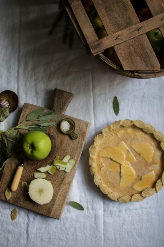 salty-honey-apple-pie-1-10