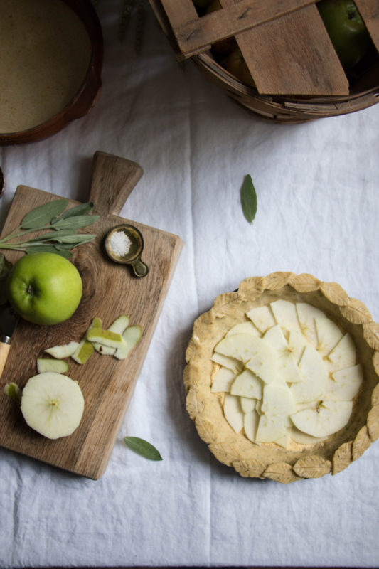 salty-honey-apple-pie-1-11