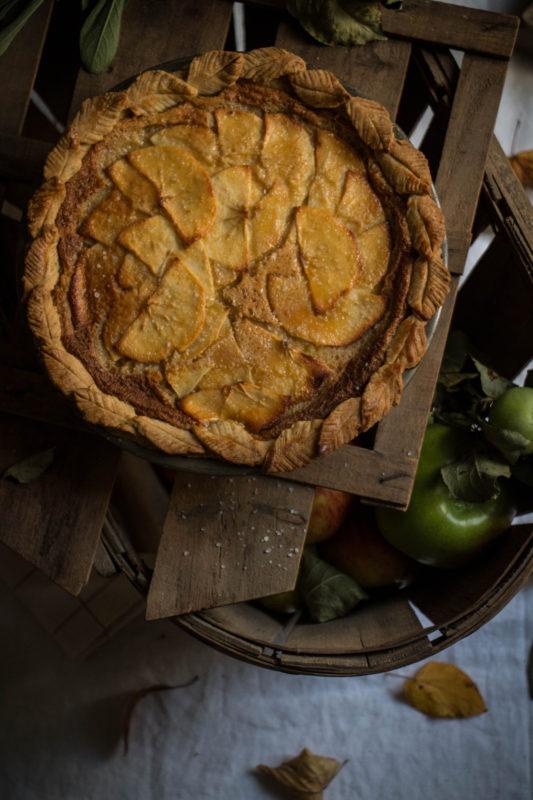 salty-honey-apple-pie-1-7