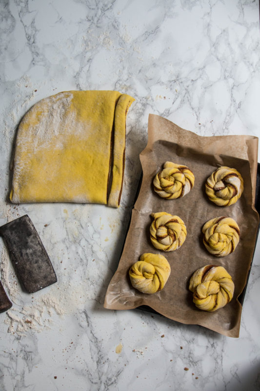 golden-milk-cinnamon-buns-1-13