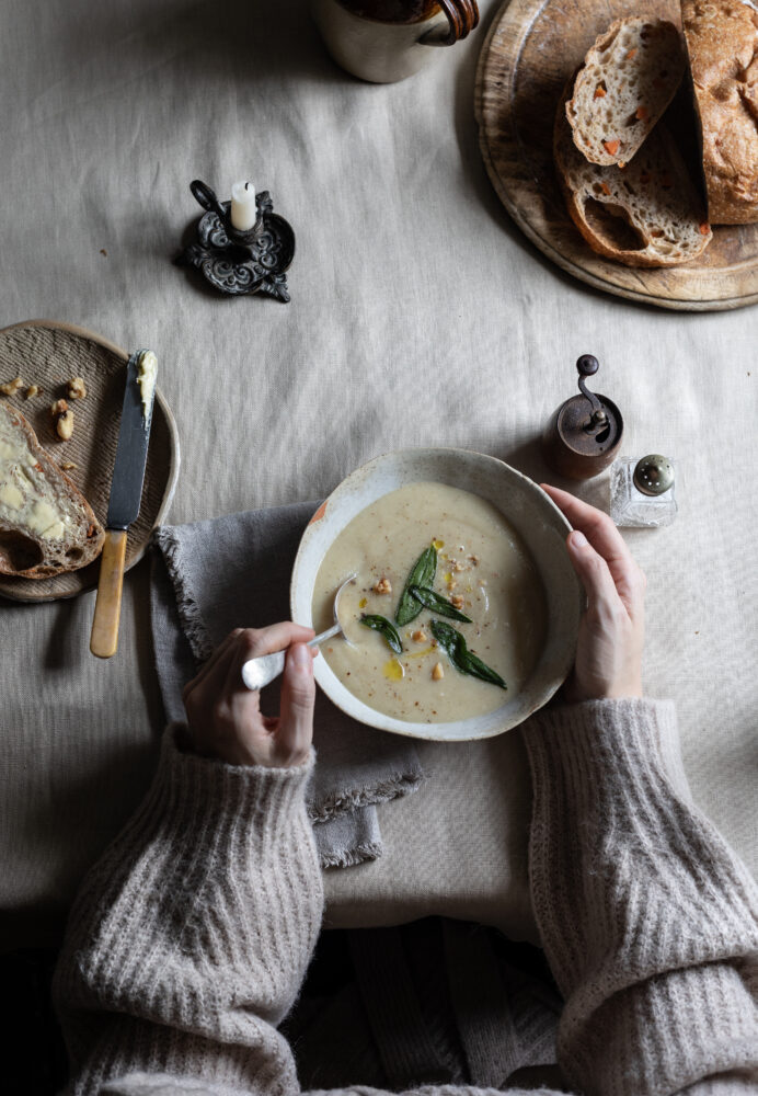 parsnip cauli soup