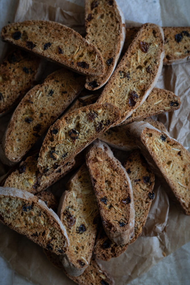 Simnel biscotti easter