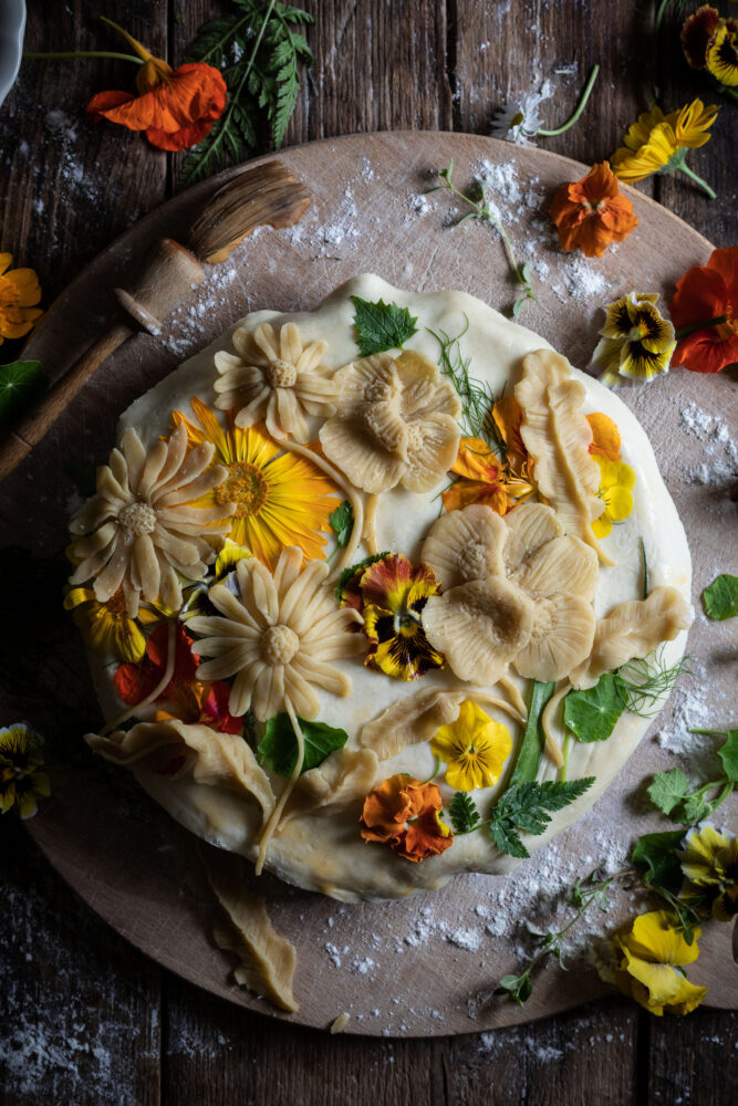 edible flower pie