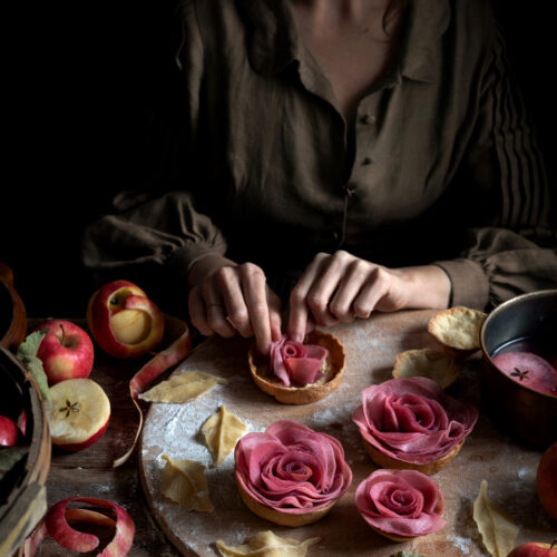 mulled wine apple rose tarts