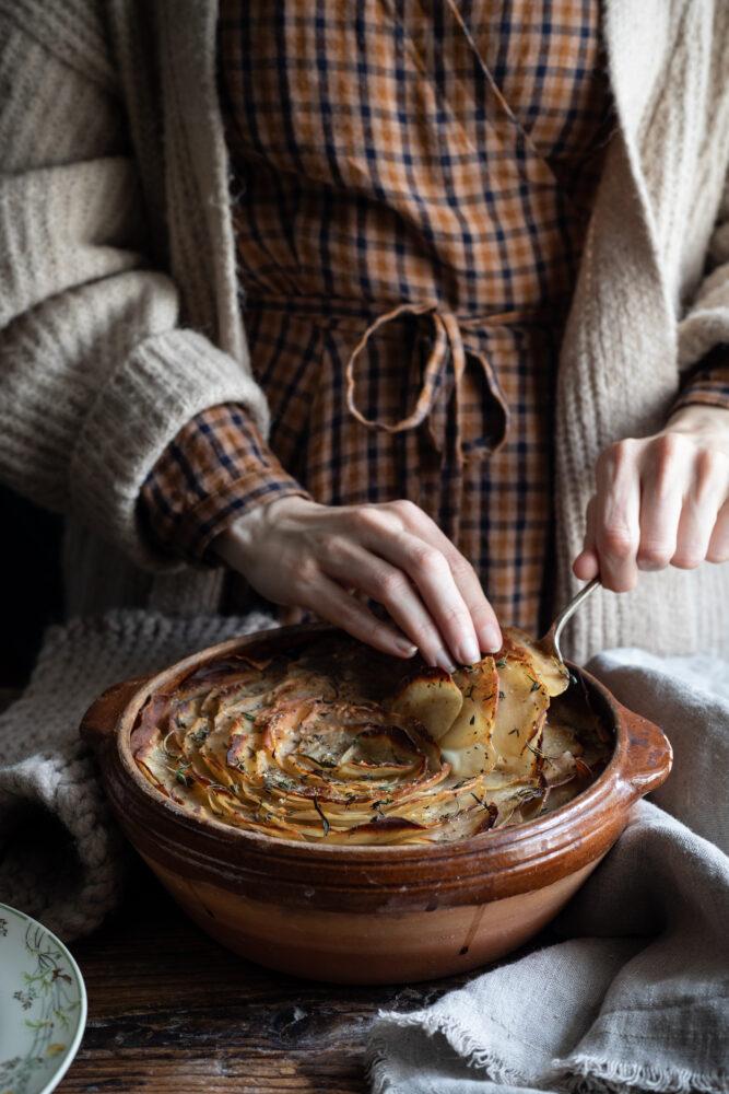 beef shin hotpot serving