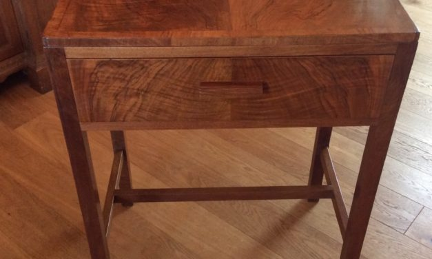 Art Deco Table in Walnut