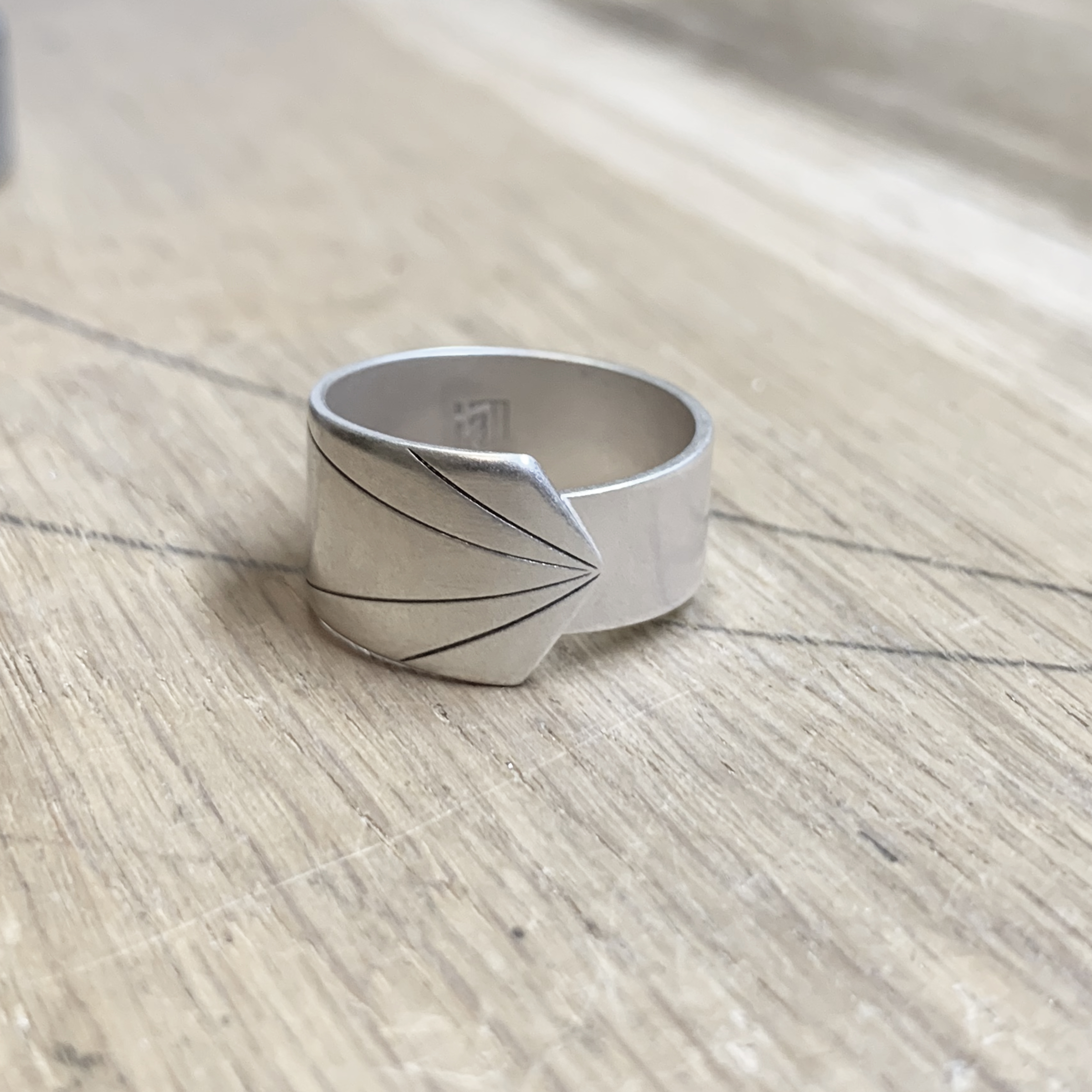 New beginning silver ring – Direction