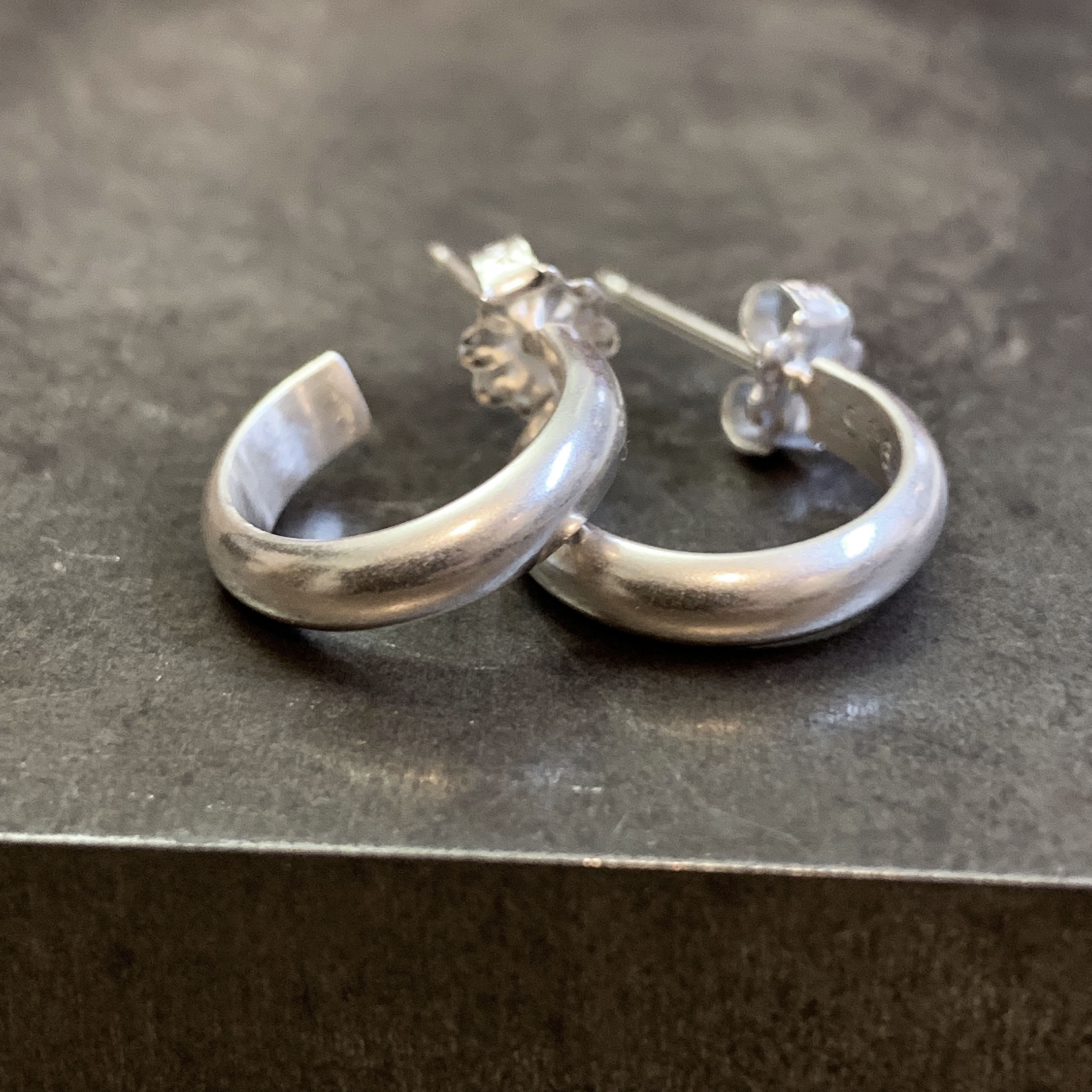 Classic silver hoops small