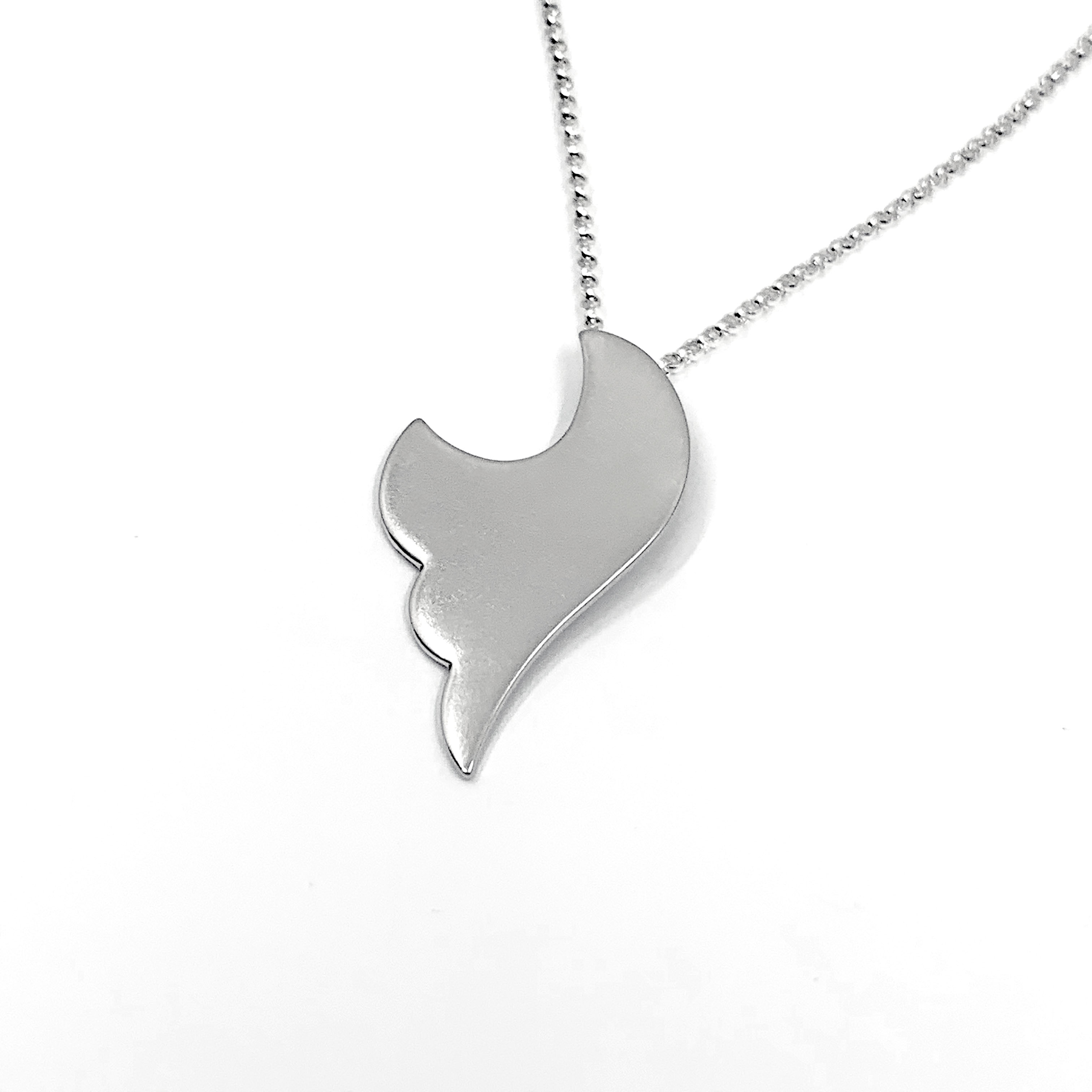Untethered silver necklace