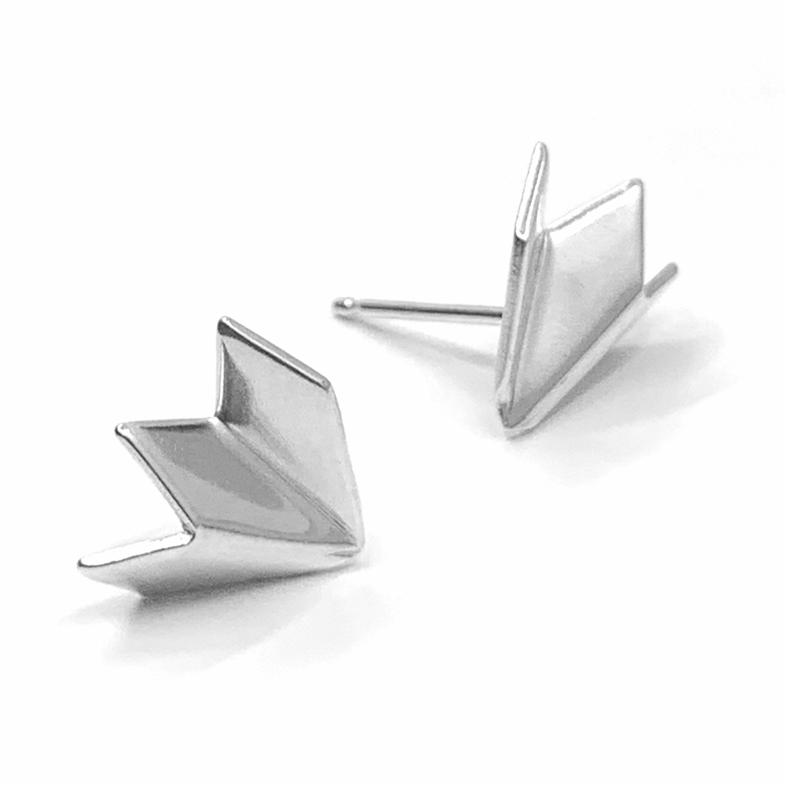 Unfolded small silver studs