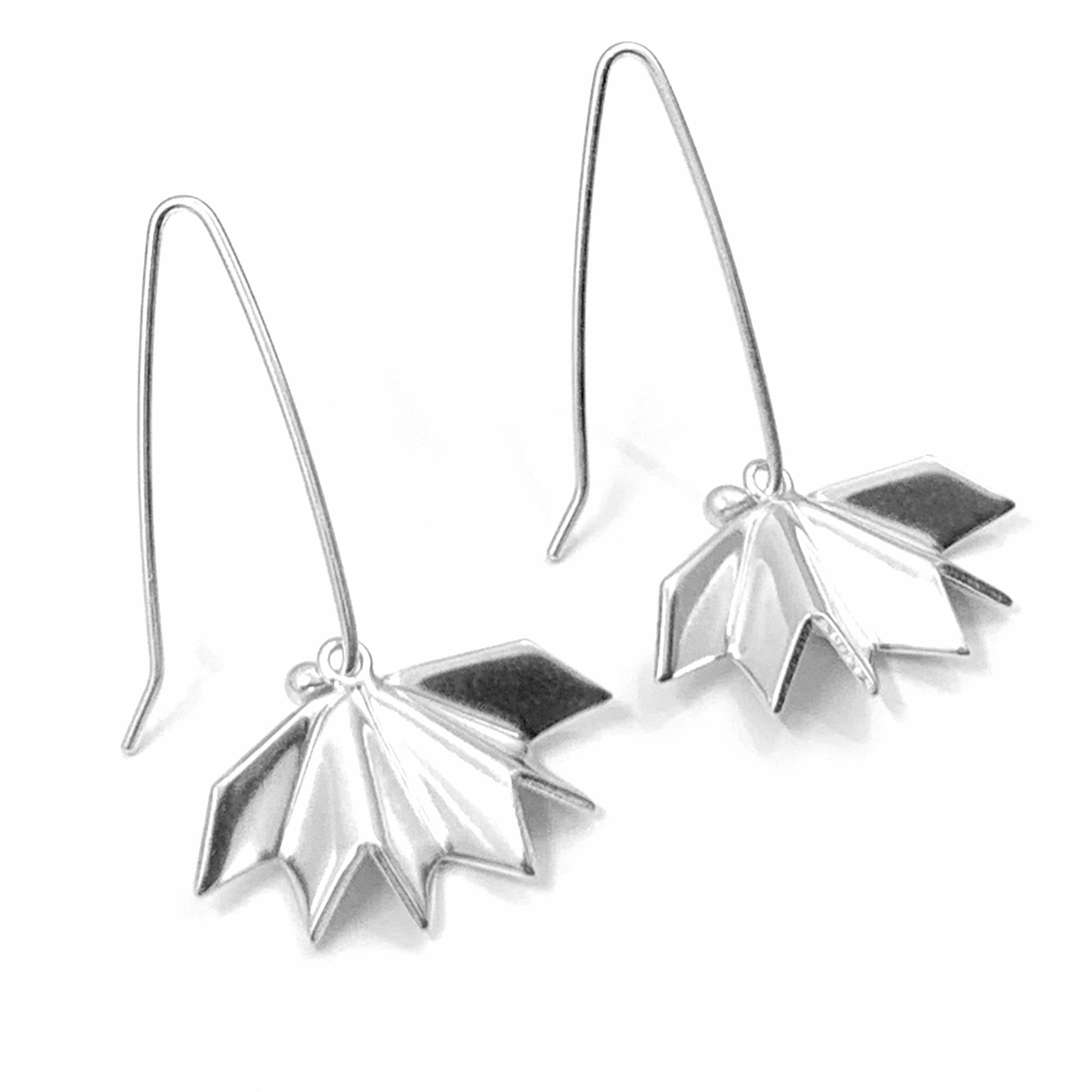 Unfolded silver earrings