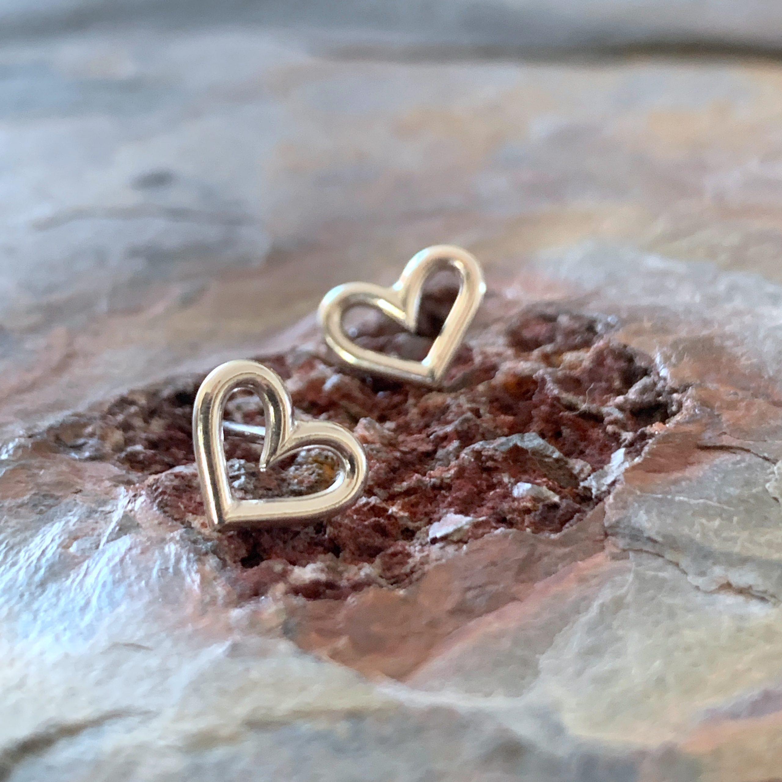 Heartbeat tiny silver heart studs