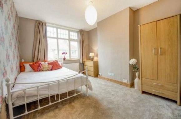 Elite Homes & Property Bedroom