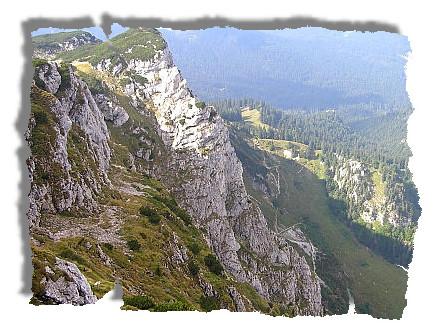 Blick auf den Abstiegsweg