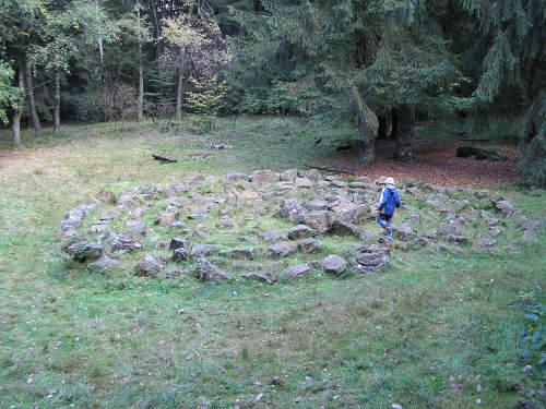 Steinlabyrinth unterhalb des Lippischen Velmerstot