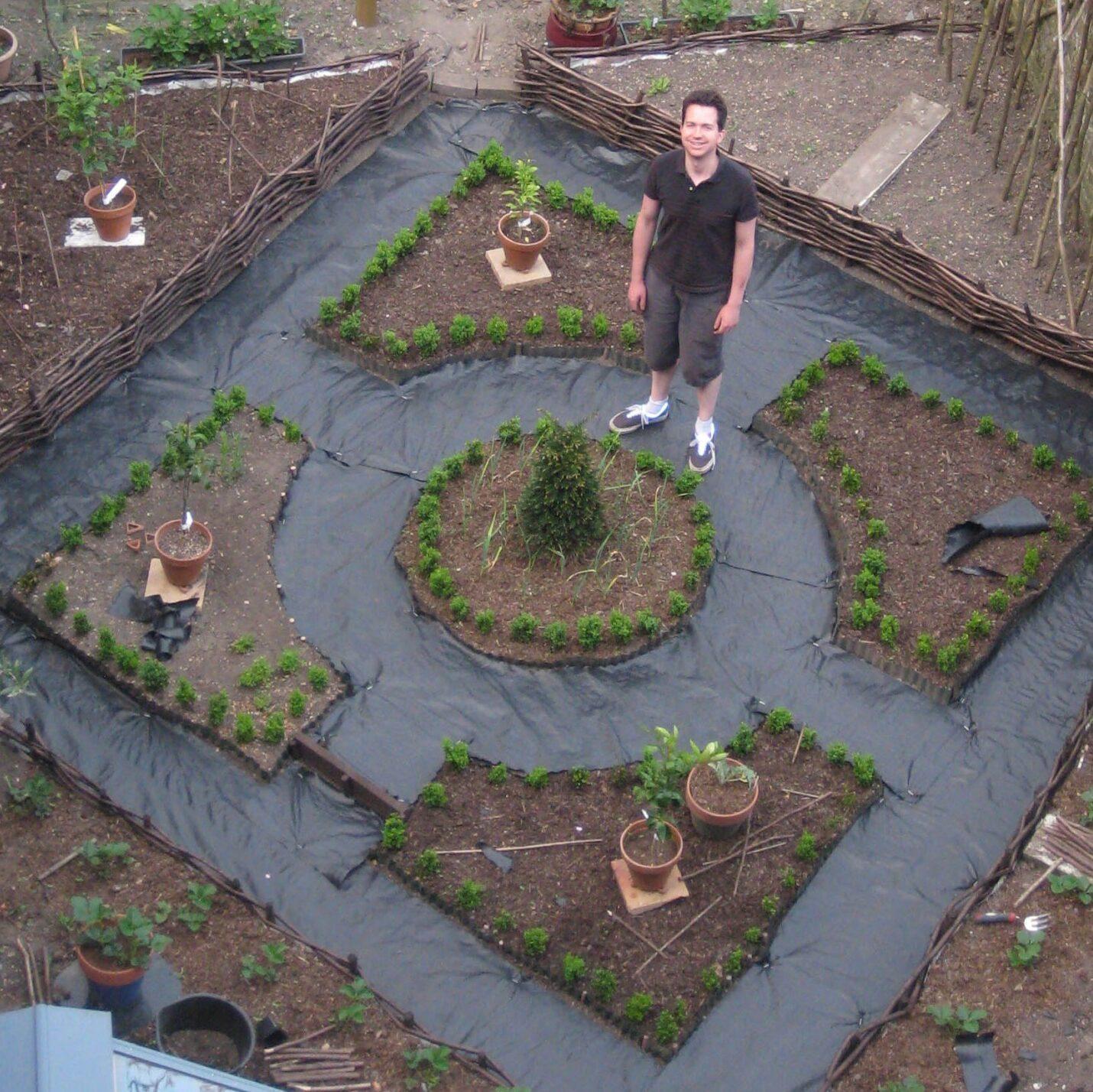 Backyard Botanics cycling gardener