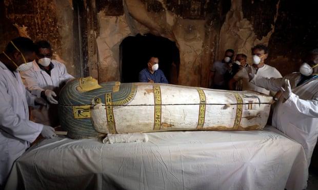 Egyptians open coffin revealing 3,000-year-old mummified woman