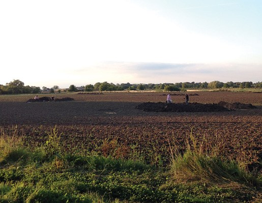 Remains of Anglo-Saxon island Discovered in Lincolnshire village of England