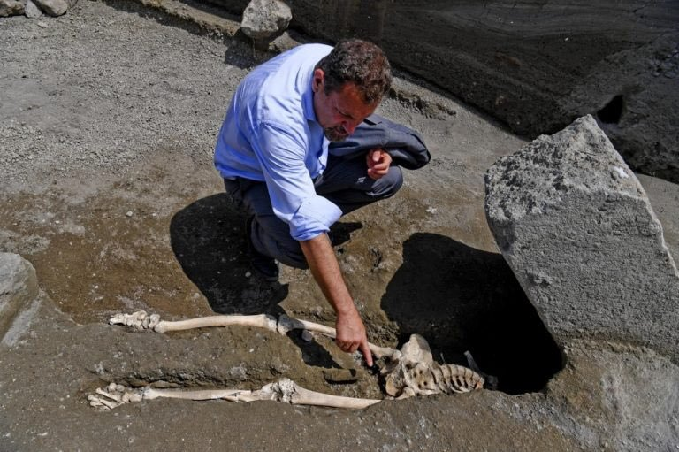 When the victim's body was discovered, Pompeii archaeologists suspected he had been crushed to death by a large rock during the eruption of Mt. Vesuvius.